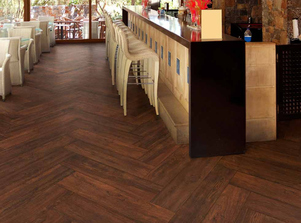 Porcelain tile wood look